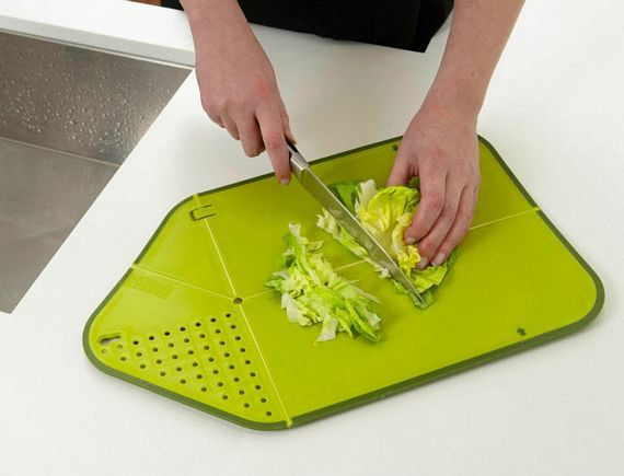 Rinse & Chop Plus Combines Cutting Board And Colander