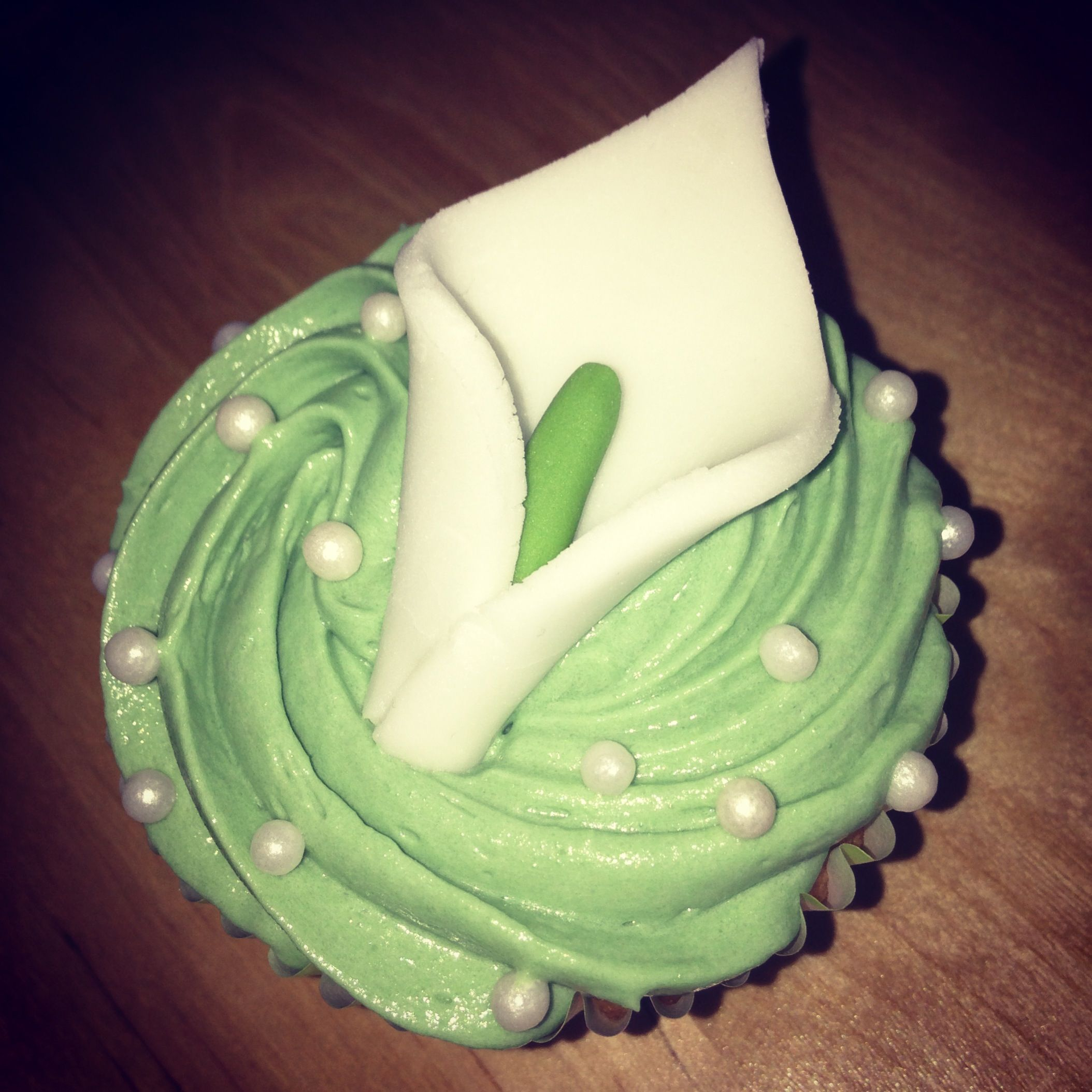 Calla Lily Cupcake Someday Pinterest