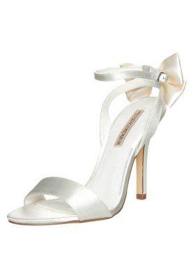 Menbur High heeled sandals - ivory RSv7WtZ
