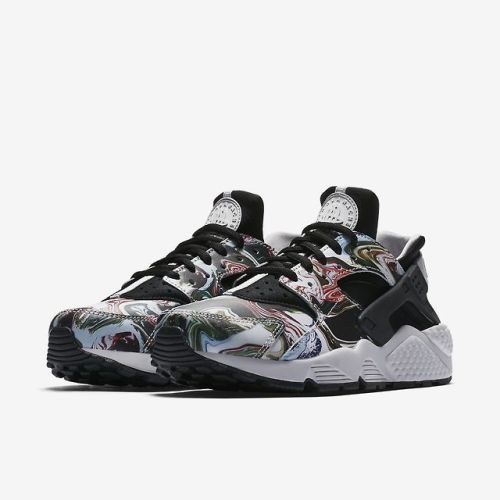 Nike Wmns Air Huarache Premium Marble by blog.sneakerando.com sneakers  sneakernews StreetStyle Kicks 5fec4b97aa