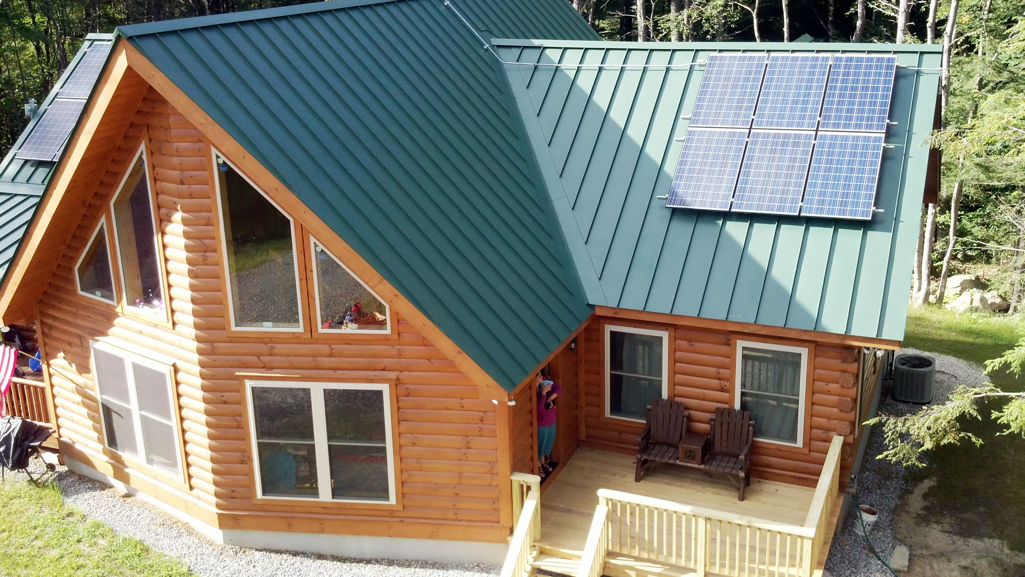 Customization At Its Finest This Homeowner Added A Prow Metal Roof