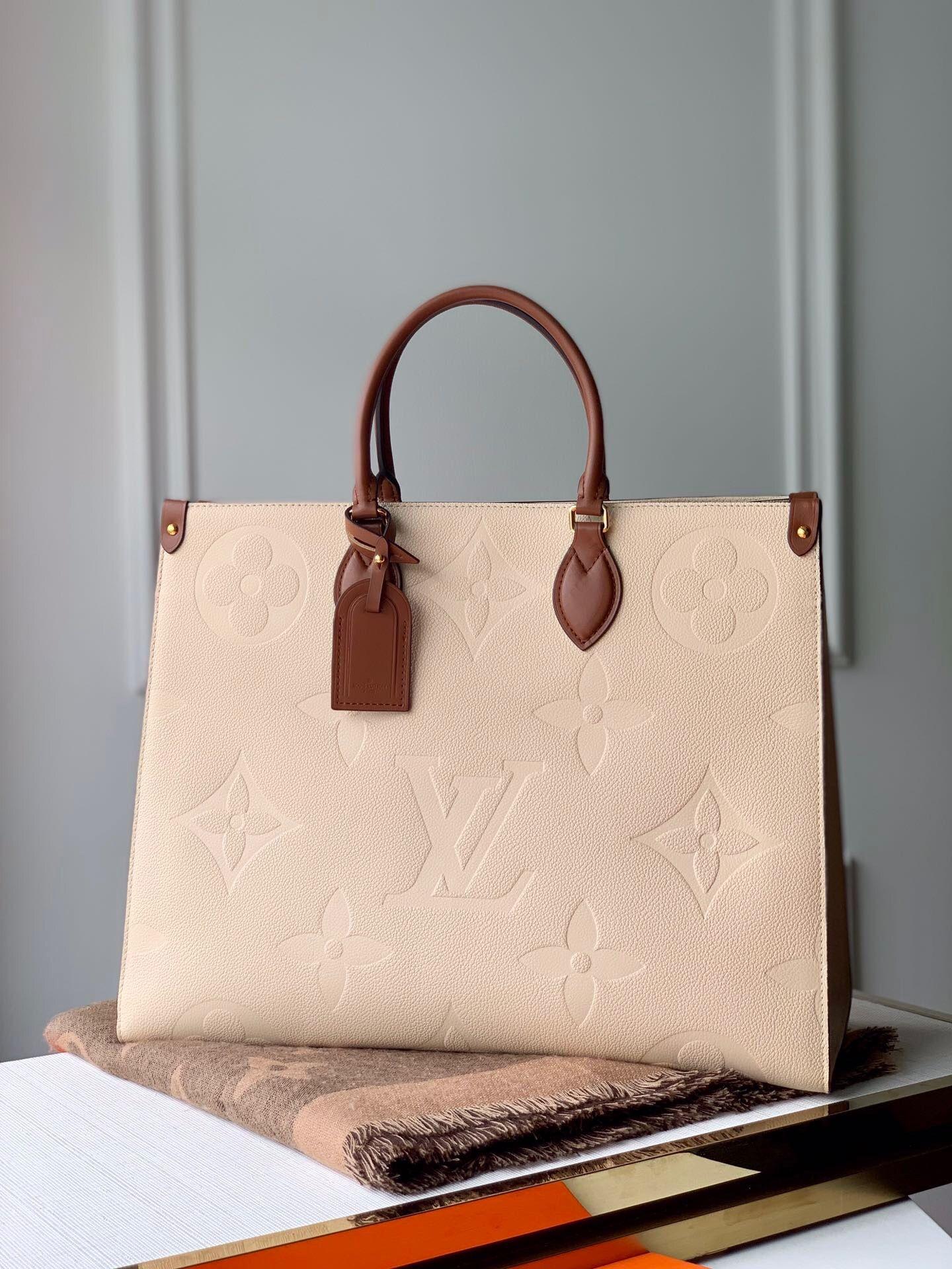 تصویری کلاسیک از یک کیف شیک 2020 لویی ویتون