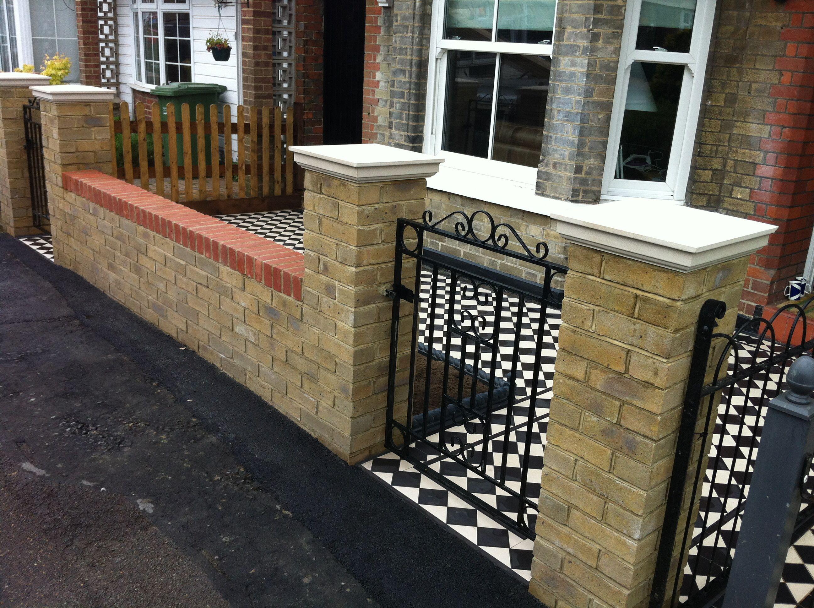Brick Column With Herringbone Inlay And Sawtooth Cap Backyard Fences Brick Fence Brick Columns