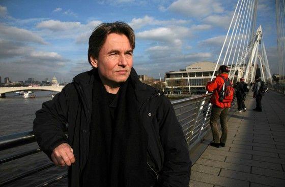 Esa-Pekka Salonen on yksi Lontoon olympialaisten soihdunkantajista.
