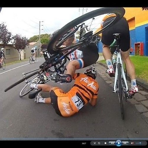 Wrong Place At The Wrong Time Bike Cycling Bikes Cycling Pictures