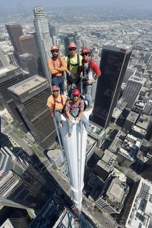 Psbattle Skyscraper Construction Workers Photoshopbattles Skyscraper Construction Worker Spires