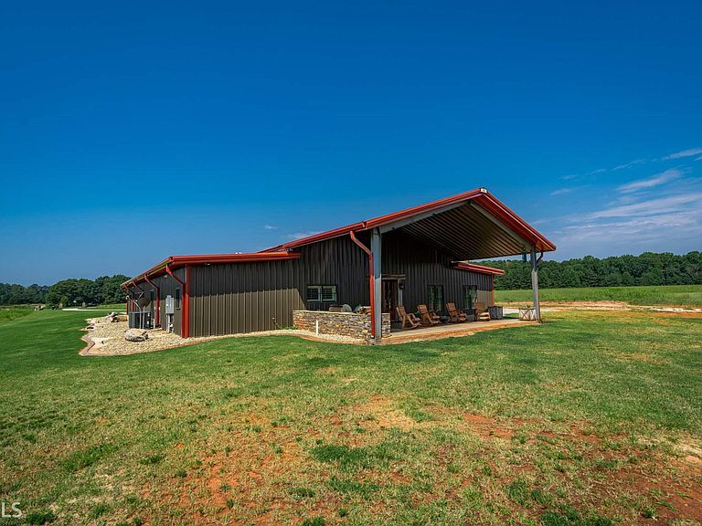 1393 Willow Grove Rd Social Circle Ga 30025 Mls 8810384 Zillow Metal Building Homes Willow Grove Zillow