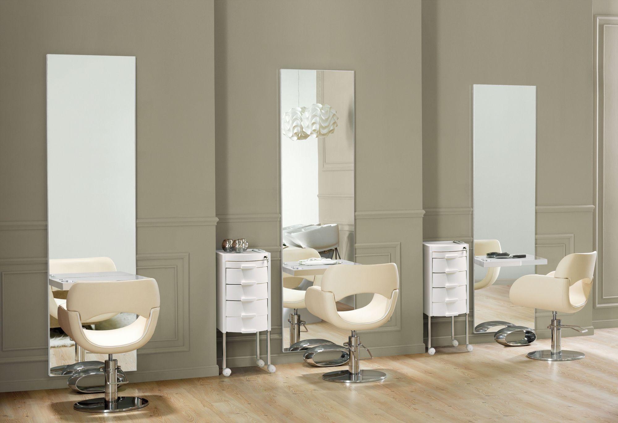 Vanity Styling Units For Hairdresser Maletti Aluminum Shelves Vanity The Unit