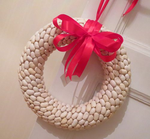 Wreath made of lima beans