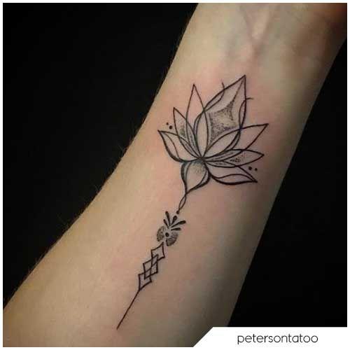 Tatuaggio fiore di loto braccio , Lotus flower arm tattoo
