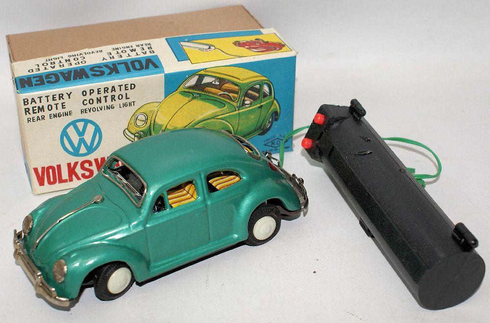 Vintage YOSHIYA Remote Control Battery Op Tin VW Volkswagen Beetle Bug #5027