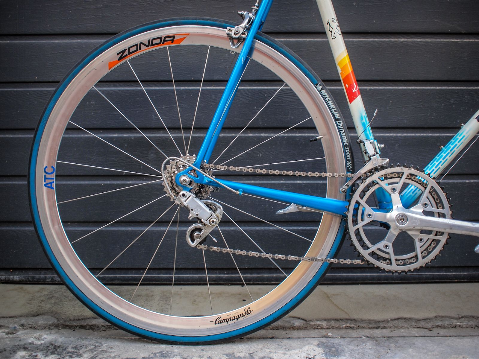 Campagnolo Zonda wheels and Athena brakes on a vintage Peugeot
