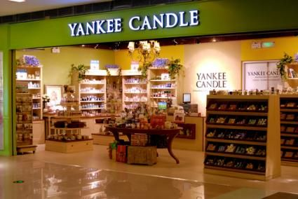 do yankee candles have toxins my favorite stores yankee candle store candles. Black Bedroom Furniture Sets. Home Design Ideas
