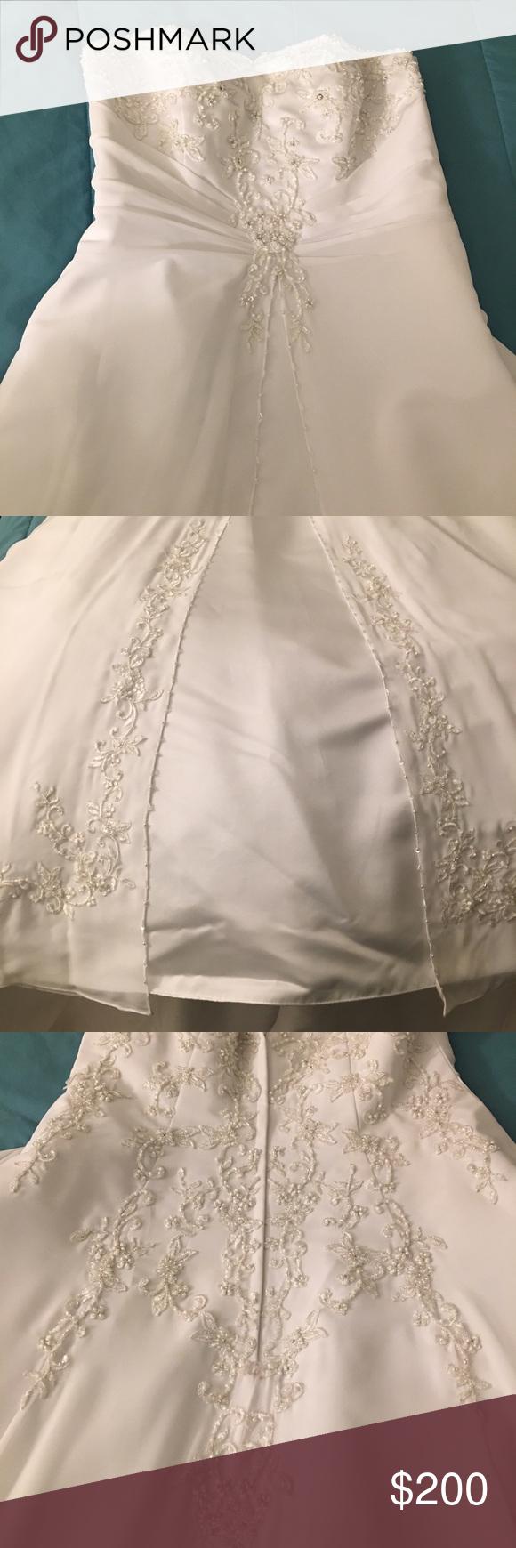 Davids Bridal Wedding Dress V9010 Size 12 | Davids bridal dresses ...