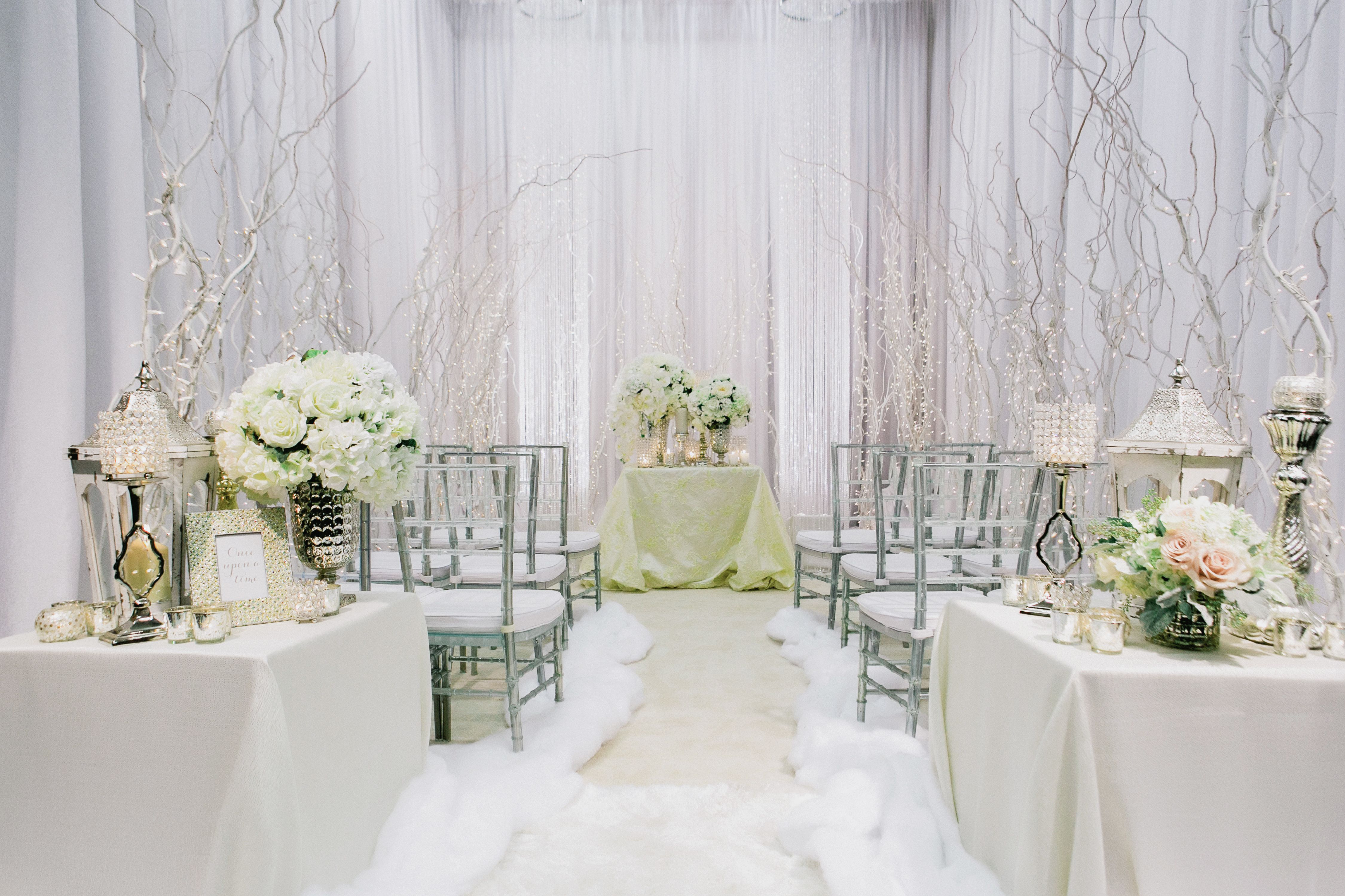 Use a Winter White Color Scheme | Pinterest | Wedding styles and ...