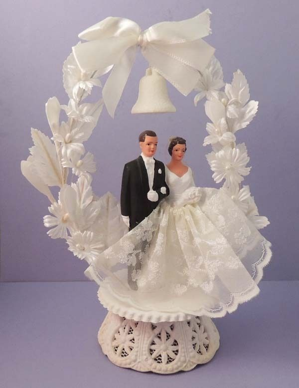 Bride And Groom Vintage 1959 Wedding Cake Topper Collectible Cake