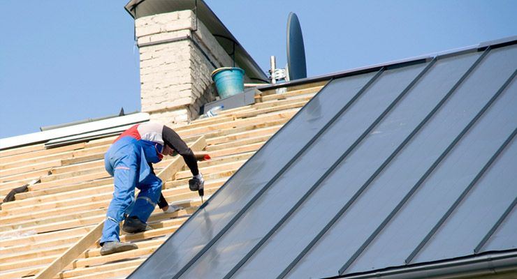Tips And Steps To Consider While Installing Polycarbonate Roof Tuflite Roof Installation Roof Repair Roofing Contractors