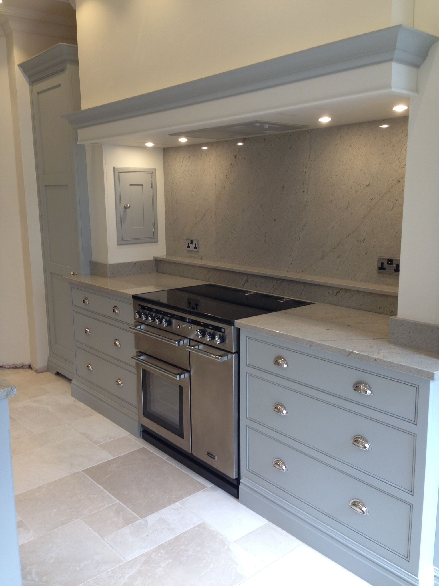Tom Howley Kitchen With Images Kitchen Cooker Hood Home Kitchens Kitchen Cooker