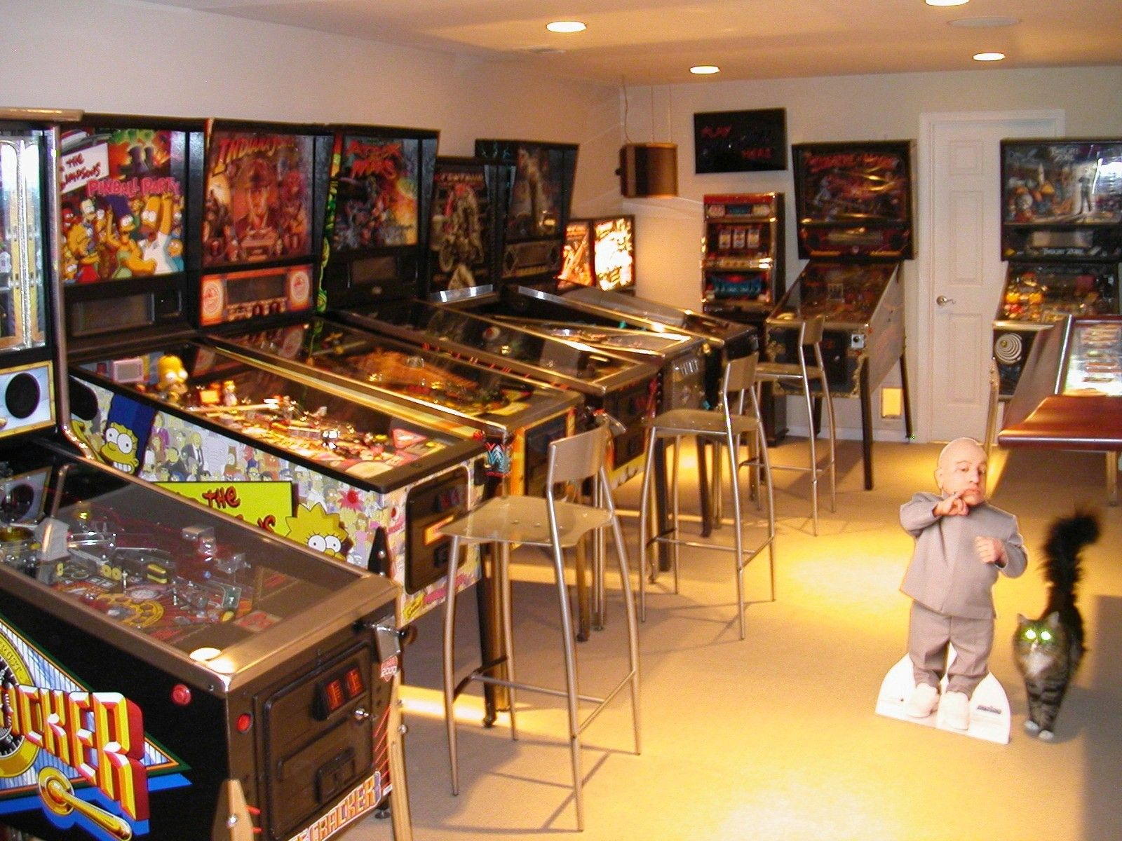 this is a wonderful home arcade arcade geeks only. Black Bedroom Furniture Sets. Home Design Ideas