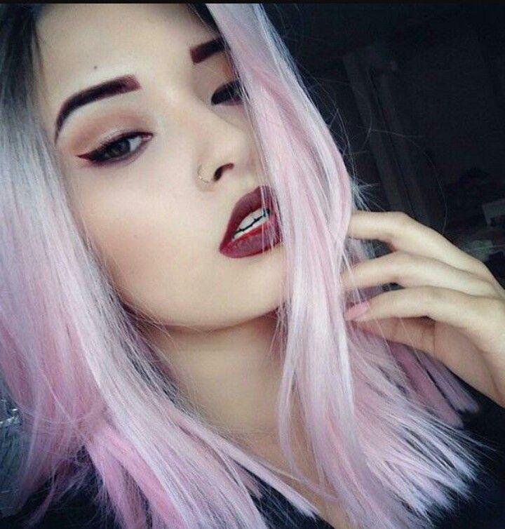Bad Hair Day Diese Stars Haben Ein Haariges Problem: Pin Von Moonchild__euphoria Auf Grunge Fashion☁️