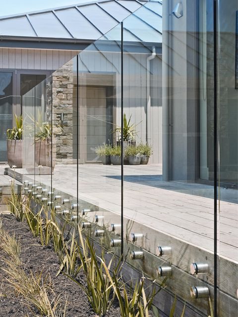 Pool Fence - Amazing Bolting To Deck