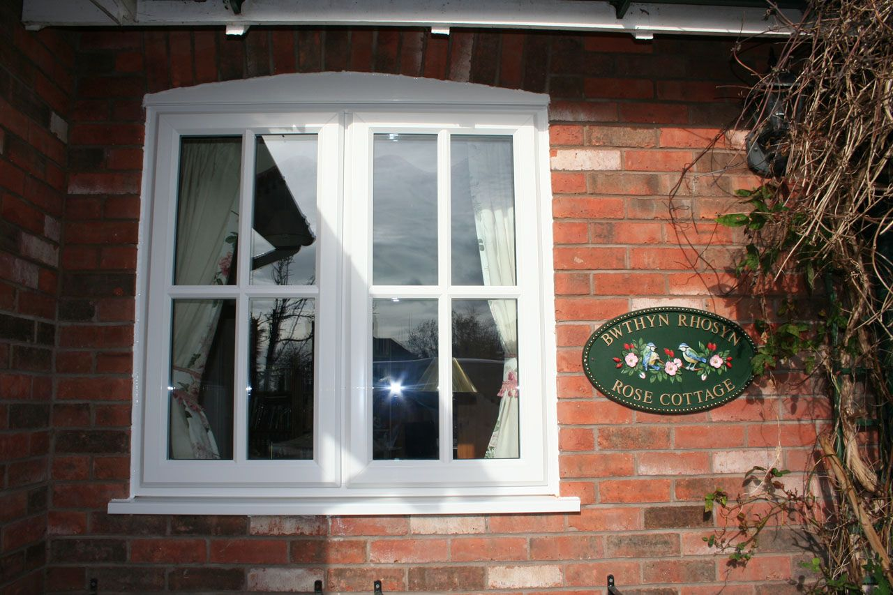 pin by sarah taylor on new forest cottage pinterest cottage rh pinterest co uk cottage style windows upvc Cottage Style Windows On Homes