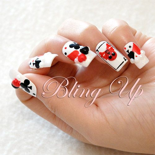 las vegas style nail art with skull