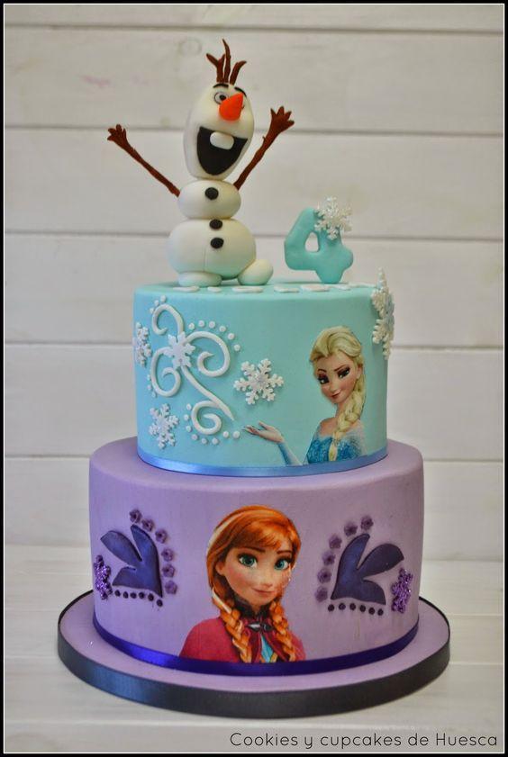Bellos pasteles para celebración de Frozen