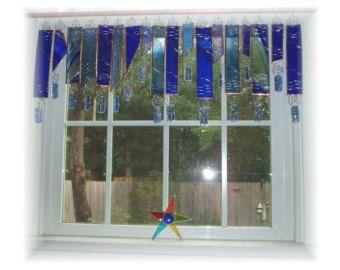 True Blue número dos vidrieras ventana tratamiento cenefa