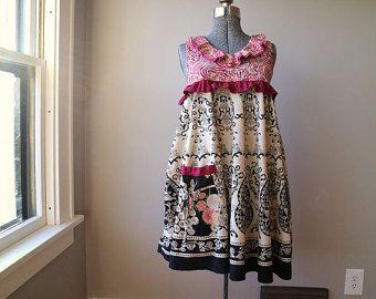 Medio pequeño reciclado ropa Vestido ropa Eco Artsy