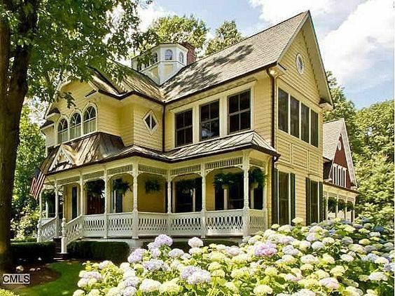 Image May Contain House And Outdoor Victorian Homes Victorian Style Homes Beautiful Homes