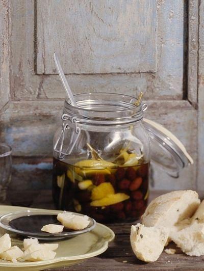 Recept Ingemaakte citroenolijven | ELLE Eten