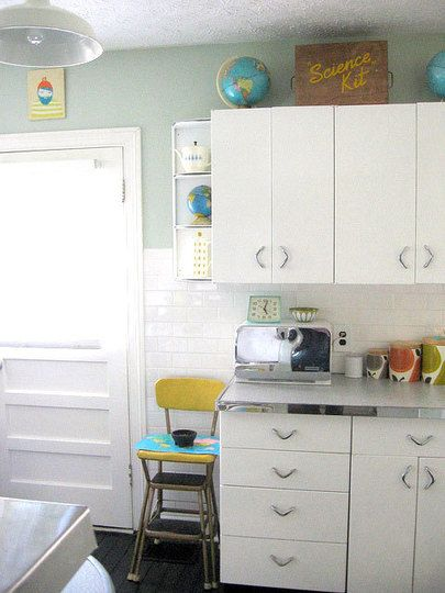 Carolyn S 1940 S Kitchen Makeover With Images Metal Kitchen