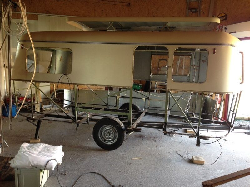 structure eriba puck recherche google eriba pinterest caravane et remorque. Black Bedroom Furniture Sets. Home Design Ideas