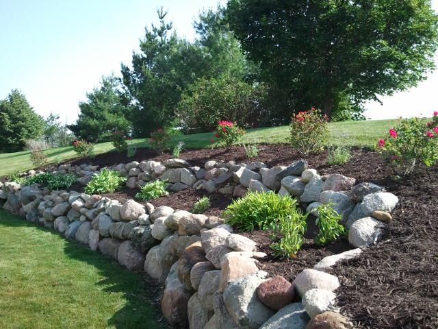 Boulder Retaining Wall Rock Wall Gardens Landscaping Retaining Walls Backyard Landscaping
