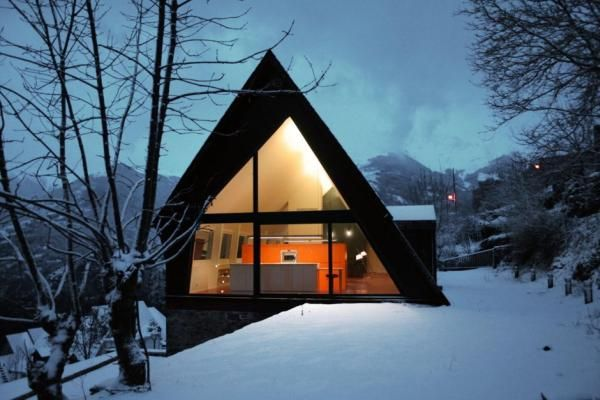 Mountain Home by Cadaval & Solà-Morales