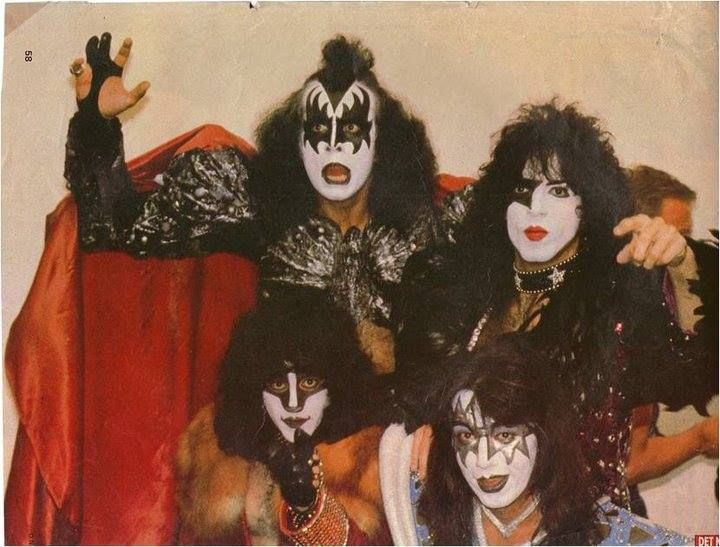Gene simmons paul stanley eric carr ace frehley of kiss