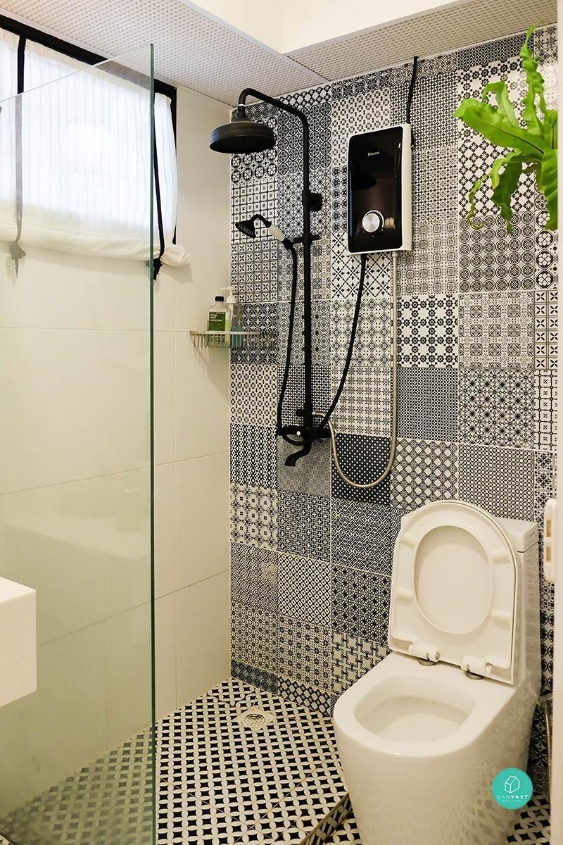 5 Room HDB renovation at Jalan Tenteram- Part 6 – Day 24 – Tiling  Completed-Master Toilet 13