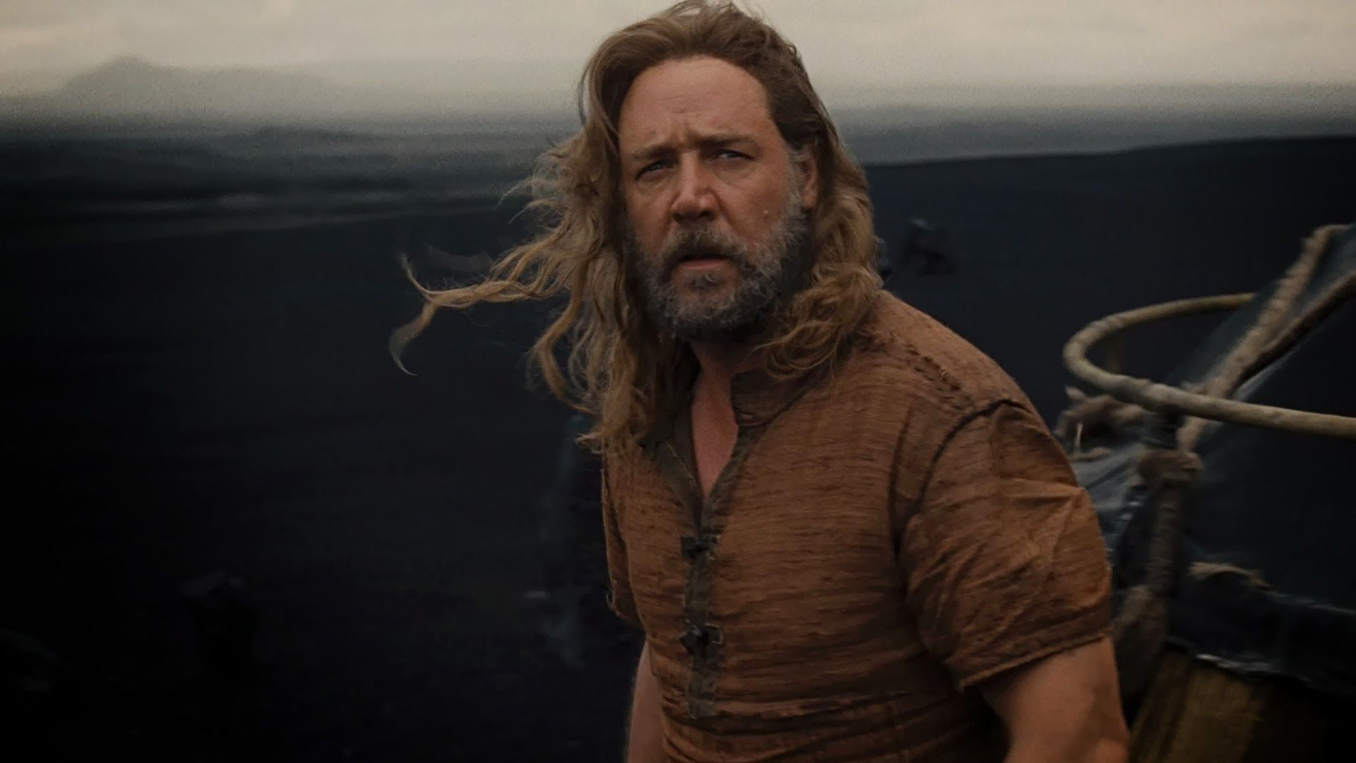 Long Haired Grey Bearded Russell Crowe As Noah With Images Noah Movie Russell Crowe The Bible Movie
