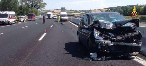 Schianto in autostrada: ferite 11 persone. Sette sono bambiniIl Borghigiano il blog di Fab https://t.co/P93flYOPBW https://t.co/06Trwy4oLL
