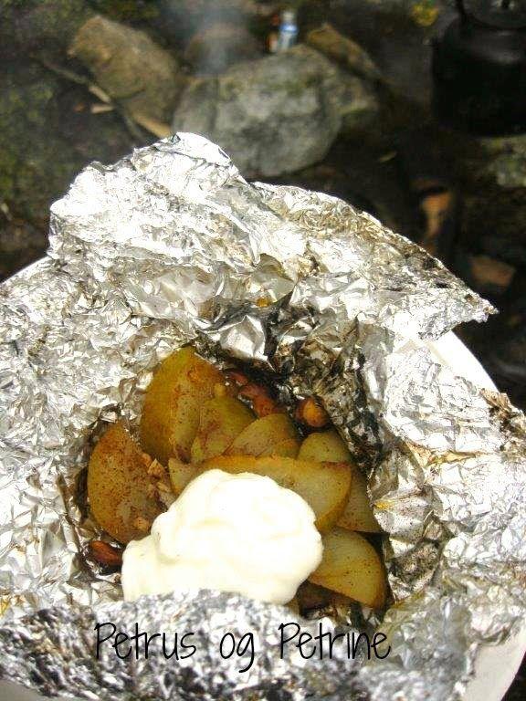 Petrus og Petrine, - en mammablogg: Friluftsfredag: Mat på bålet