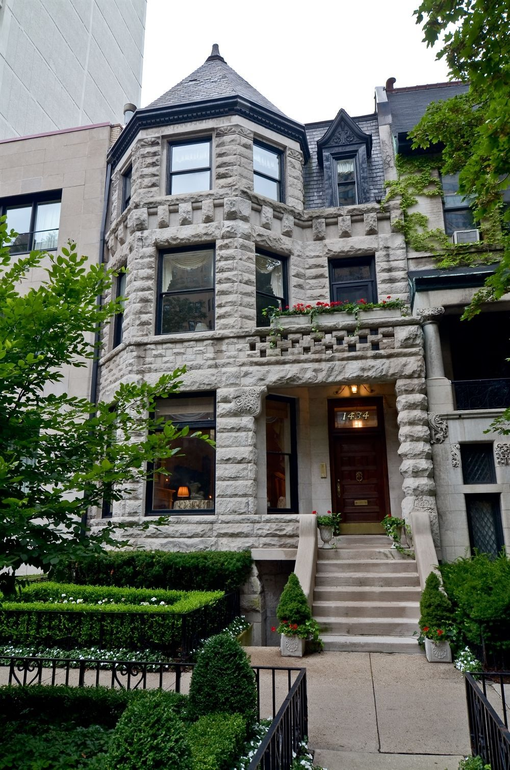 classic chicago greystone dreamhome historic homes