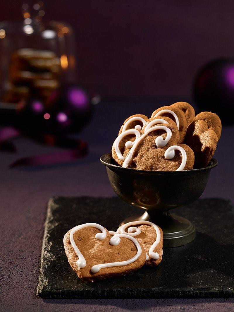 Marzipan-Kandis-Herzen | Recipe | Plätzchen | Plätzchen, Kekse ...