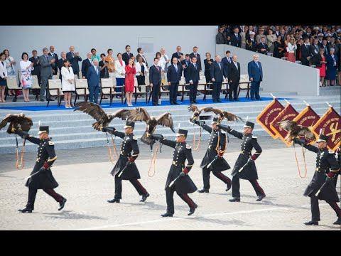 Desfilaron águilas mexicanas en Francia