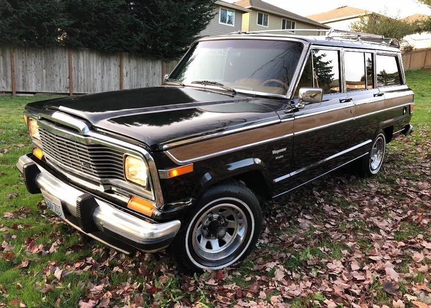 Check Out This Beautiful 82 Wagoneer For Sale Now On Ebay What A Time Capsule Jeep Jeepcj Jeep Wagoneer Jeep Classic Jeeps