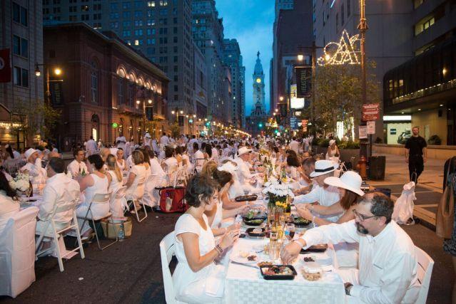 Diner en blanc waiting list just opened \u2013 Metro DEBPHL16