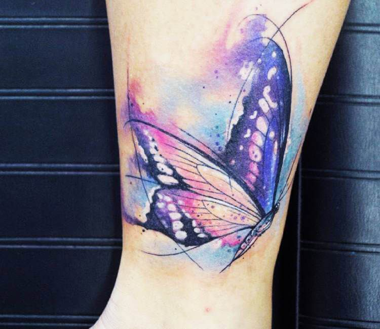 Photo of Tatouage Papillon Aquarelle par Kati Berinkey | Après 17244
