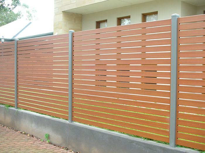 This Slat Fence Looks Sleek And Professional While It S