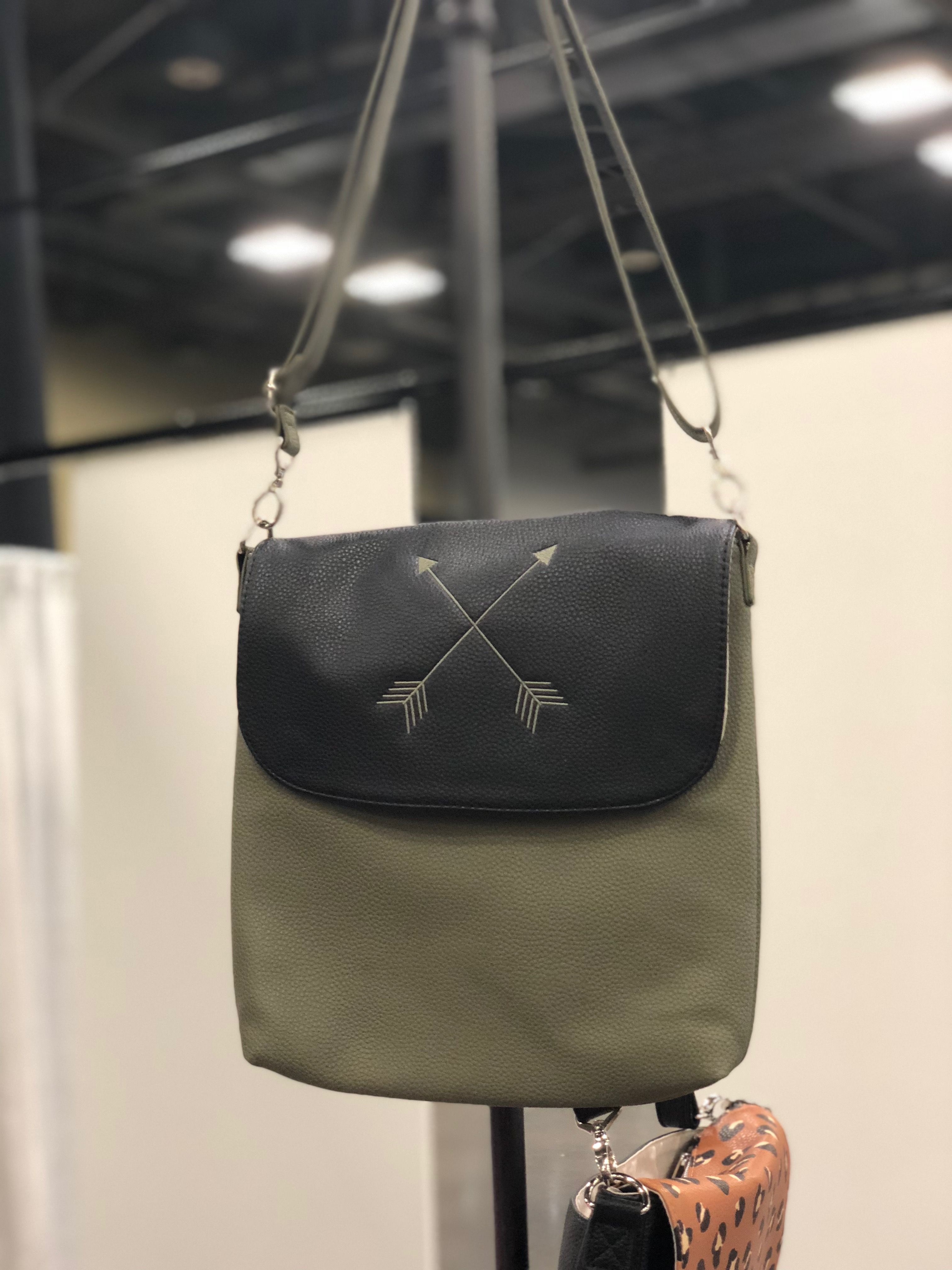 fe6564c55d03 Studio Thirty-One purse Modern body in Ooh-La-La Olive with Olive crossbody  strap and Black Beauty flap with arrows monogram personalization