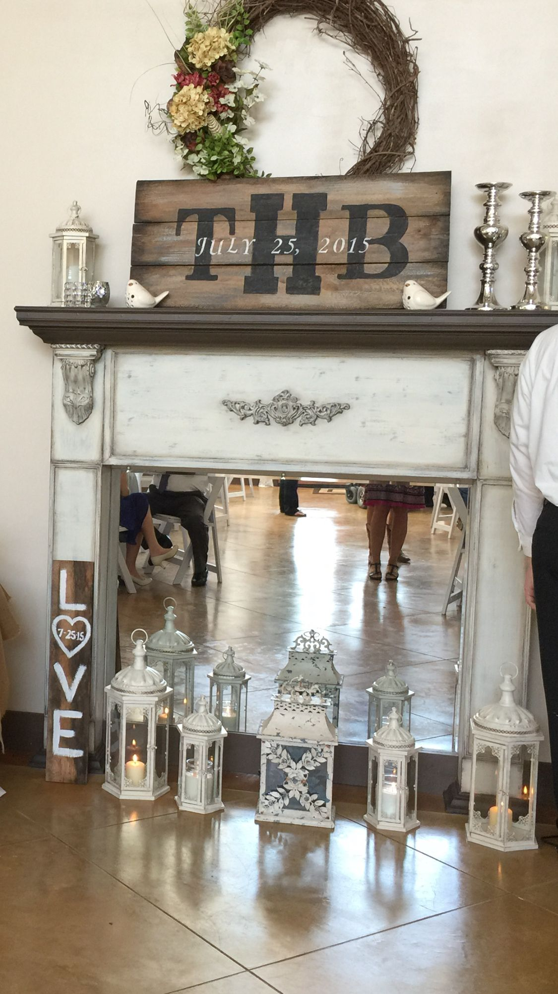 Beautiful mantle done in Dixie Belle Paint: drop cloth ...